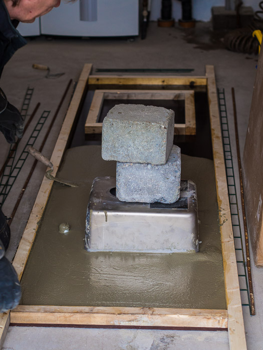 gjuta bänk i betong